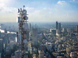 Verizon C-band Towers 5G RAN Ericsson Samsung